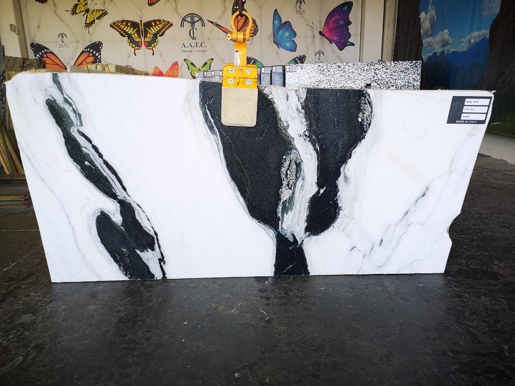 Copacabana – Panda White